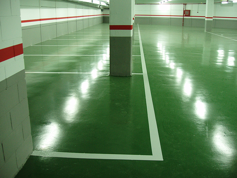 C mo elegir la mejor pintura epoxi para suelos quimsa itw for Pintura suelo garaje epoxi