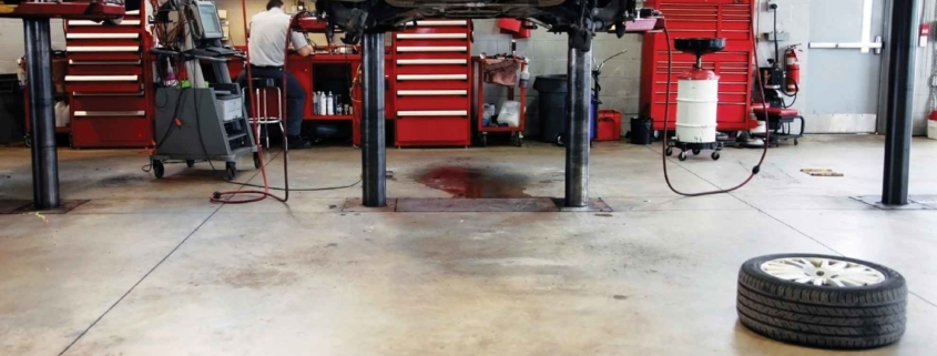 Desengrasante para talleres mecánicos para limpiar suelos y maquinaria